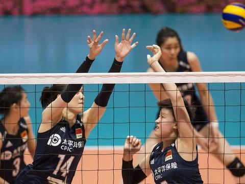 杜清清跟随郑益昕脚步,加盟泰国女排联赛,为何她俩无缘女排集训