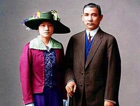 孙中山要娶宋庆龄,写信和妻子离婚,妻子回一个字堪比万言书!