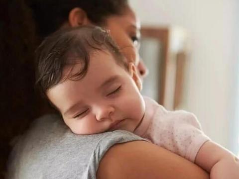 宝宝从睡渣到睡神,需要宝妈做好这件事,很多宝妈都忽视了