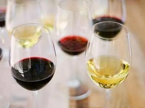 红葡萄酒和白葡萄酒之间有什么区别?