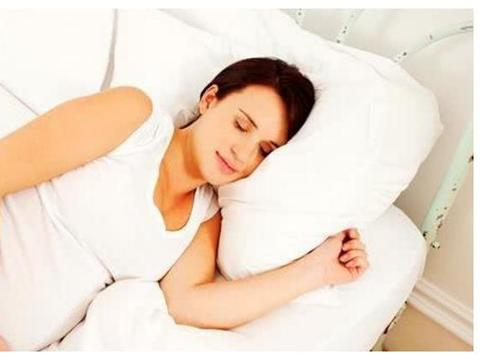 孕妇这3种睡姿对宝宝伤害很大,容易造成宝宝缺氧,你中枪了吗?