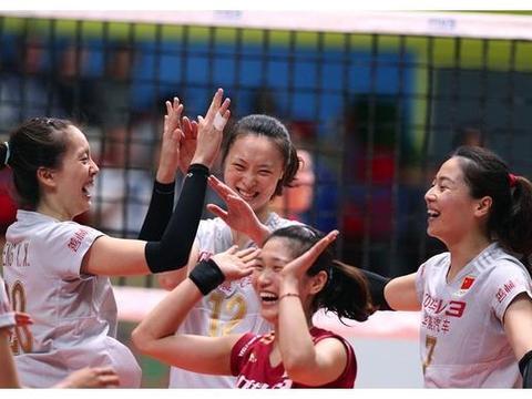 传统女排赛事成为历史,中国女排一姐朱婷与新星李盈莹从这里走来