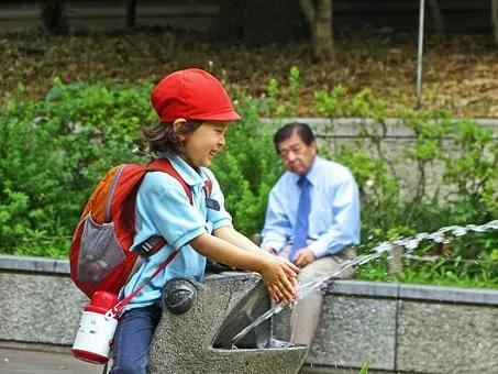 为何日本人的平均寿命远超中国人15岁!