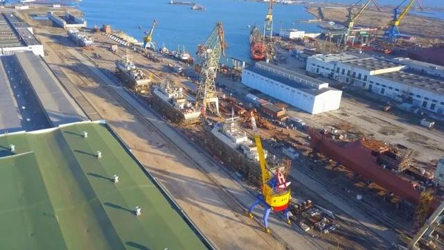 """俄罗斯海湾造船厂新照,""""饺子""""虽有不少,但一艘新大舰都看不到"""