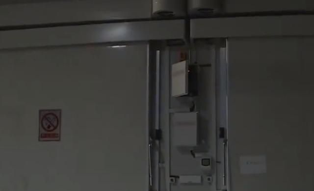 20万损失!上千箱南果梨腐烂变质,0度保存冷库方却称入库晚了?