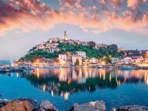 海岛游:盘点克罗地亚最美的10个岛屿,美得仿佛走进了童话故事!
