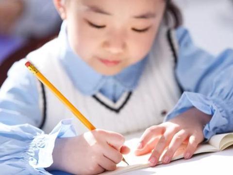 如今高考都用电脑阅卷,孩子还要练字吗?什么时候开始练字最合理