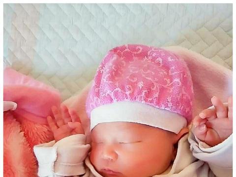 新生儿要发育得好,月子里需注意这些,不然影响宝宝智力发育