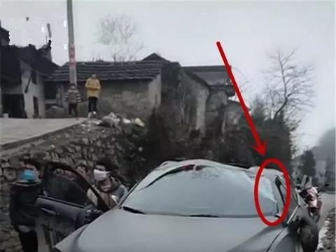 长城WEY特殊时期出门遇事故,网友:维修费都够买一台新车了!
