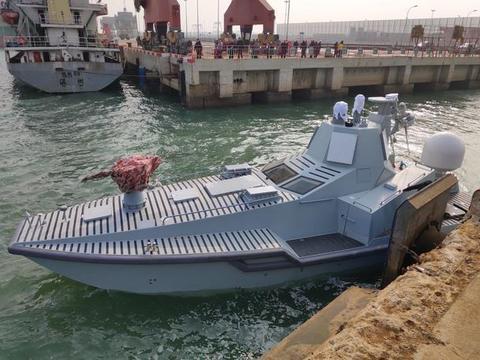 中国新无人战船首航,拥有无比豪华配置,印度人:如卖给巴就完了