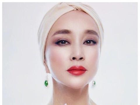 刘晓庆的财产曝光,几千平方米的豪宅价值几个亿,珠宝价值上亿