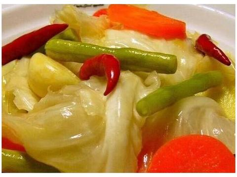 奶奶用了50多年的泡菜配方,酸甜清脆芳香扑鼻,下饭小菜必备