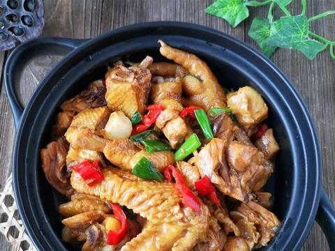 家常红焖鸡,新鲜可口,提高身体免疫力