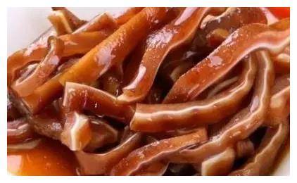 美食精选:卤水猪耳朵,香菇鱼片粥,莴笋炒瘦肉,浓汁卤肉饭做法