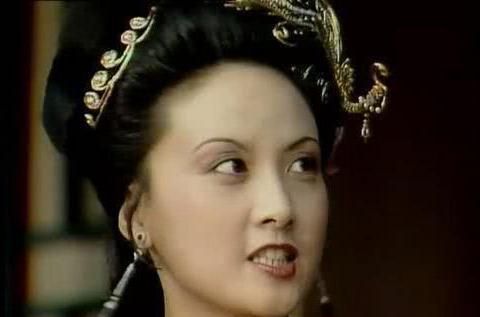 王熙凤和贾蓉做过出格之事吗?贾蓉一时着急,说出了实情!