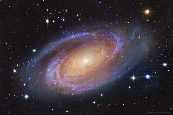 二心两意?中国天文学家发现奇怪星系,居然有两个星系核