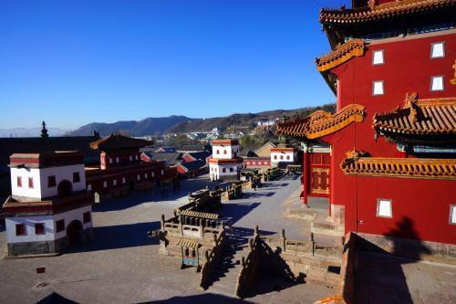仿西藏桑鸢寺而建,不同风格的建筑融为一体,河北省承德普宁寺