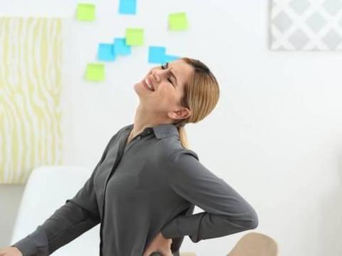 中老年人颈椎问题如何解决?学会这3招,不让颈椎病找上门来