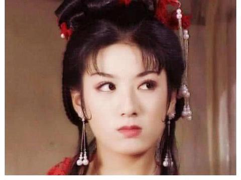 黄奕的李玉湖,刘亦菲的王语嫣,小李琳的杜冰雁,统统没她惊艳