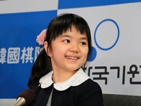 日本名人战预选赛,年龄相差四十的对战,仲邑堇对古田直义