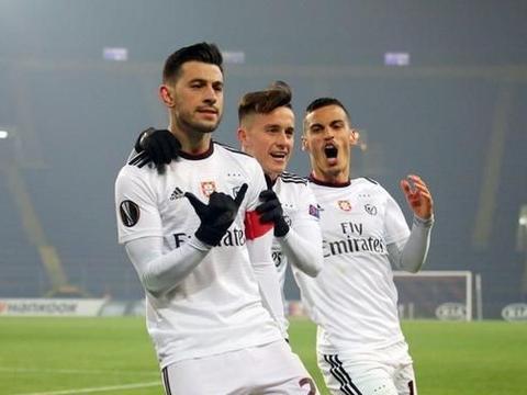欧联杯1/16决赛首回合,顿涅茨克矿工主场2比1葡萄牙豪门本菲卡