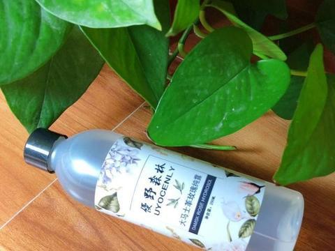 保湿控油爽肤水排行榜前4强:清透补水美白抗氧化,让肌肤更水润