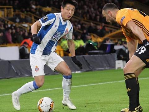 热议西班牙人0-4输球:这后防线没救了,武磊还是转会吧
