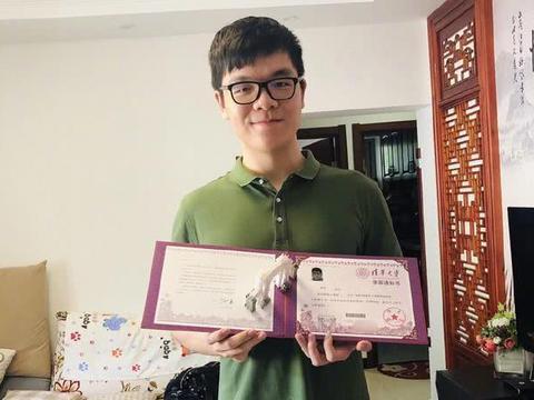 柯洁是世界冠军,上了清华大学,为何要选修方天丰老师的围棋课?