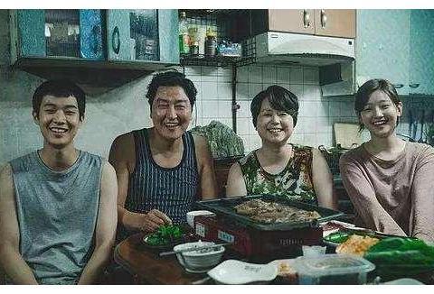 《寄生虫》背后的女人,曾被朴槿惠压迫,推动韩国电影发展