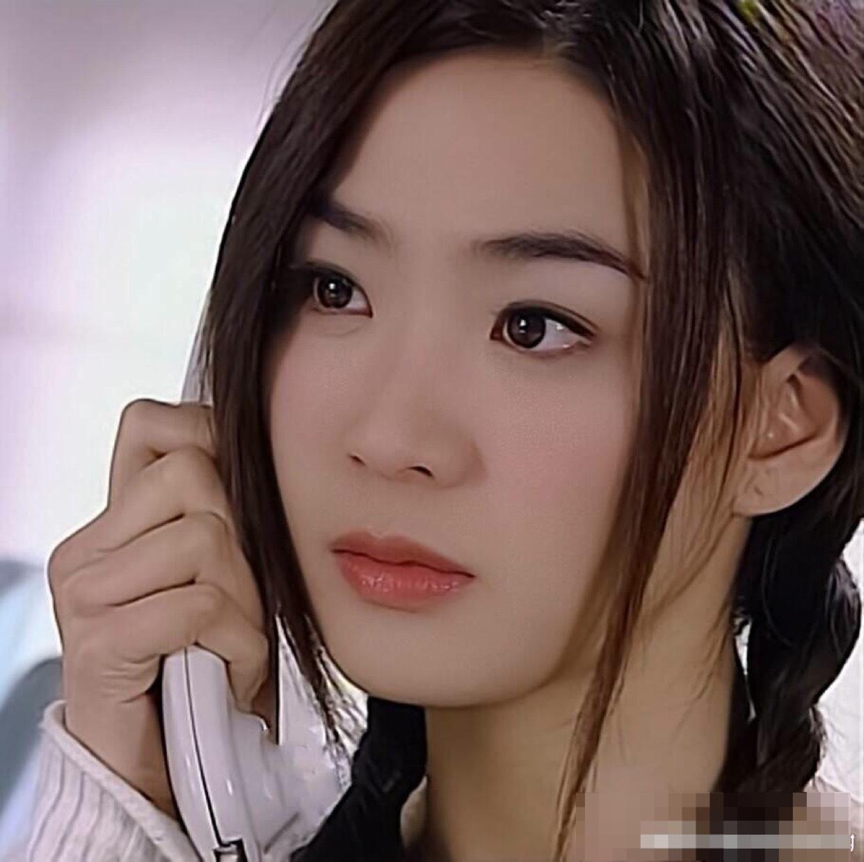 千年女配洪小玲虽然不火,不过年轻时出演欧雅若却成经典