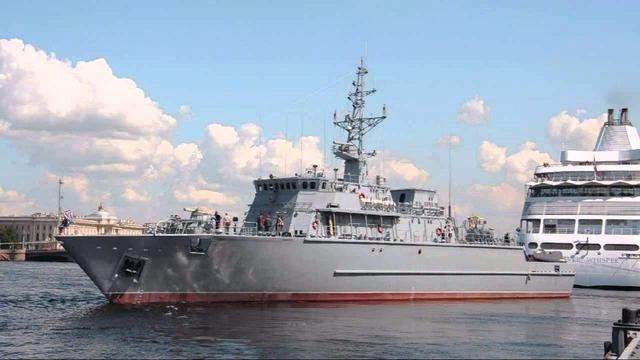 俄罗斯军舰甲板为何都涂装红色?专家:就是一层防锈漆