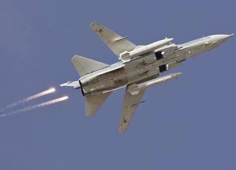 土耳其遭暴雨般子母弹轰击,一出手就被俄军打哭:急求美国出兵