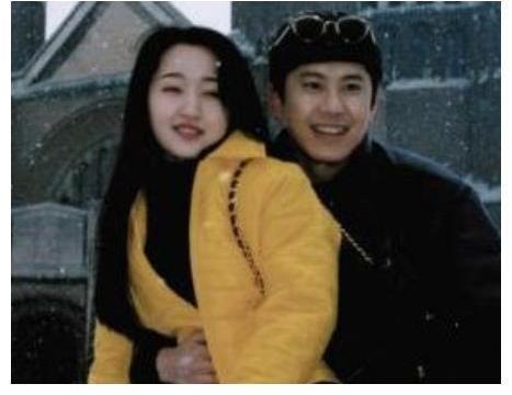毛宁的娇妻到底长啥样? 当恩爱照流出, 怪不得没和杨钰莹在一起