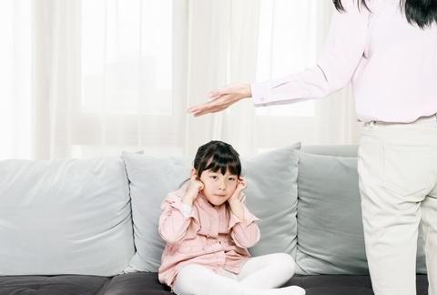 哈佛大学博士:语言暴力会影响到孩子的大脑!妈妈别骂孩子了
