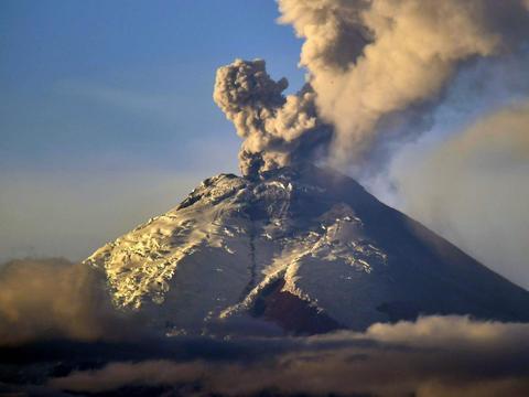 表现最为激烈的自然灾害,地震和火山喷发之间有没有什么关联?