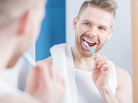 刷牙时流血是什么原因?一个星期还没缓解,用这7招来应对