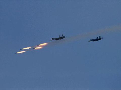 重炮发动攻击,精锐部队组成敢死队,土耳其大军介入伊德利卜冲突