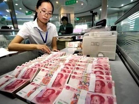 """人民币汇率又""""破7"""",升值好还是贬值好?"""
