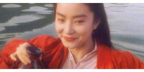 40岁大婚,65岁洒脱自在;委曲求全的爱情,永远不属于林青霞