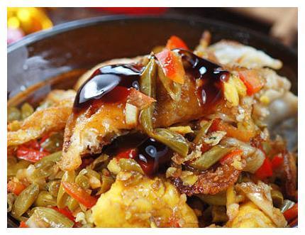 简单家常菜:千叶菜炒豆腐,木耳香菇肉片,蜜汁牛蒡,酸豆角荷包