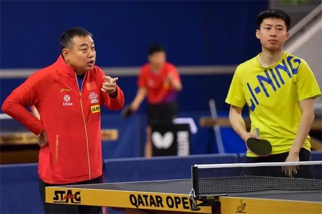 世界冠军输得太惨!被张本智和4-0横扫 央视名记指出关键原因