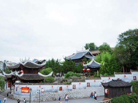 贵州省第一大城市,曾经很落后,现在却是经济增长最快的省会之一