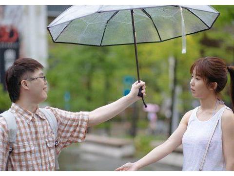 蓝正龙执导《傻傻爱你傻傻爱我》,放任郭书瑶飙脏话