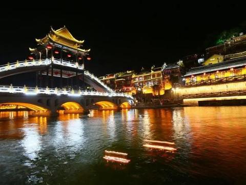 蜜月必去的中国最美的八个小镇,带着心爱的人来一场浪漫之旅