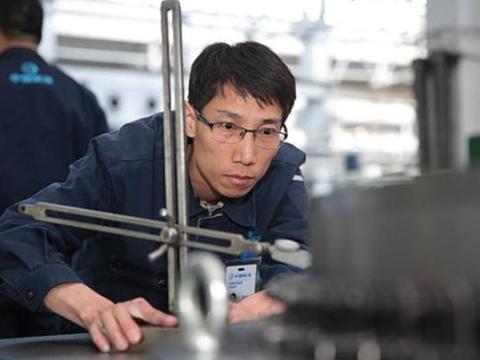 了不起!中国小伙成功攻克西方绝密技术,获得国家级科技奖!