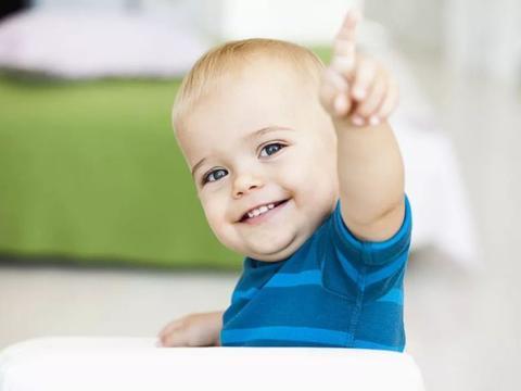 宝宝从小刷牙,还患龋齿?