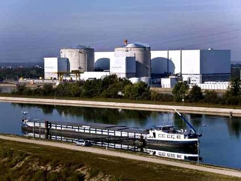 法国最老核反应堆被关闭 向拆除核电站迈出第一步