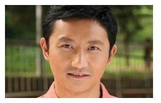 陶虹段奕宏的同学,出道多年戏好人不红,娶圈外人低调幸福