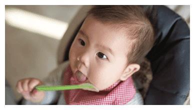 过度喂养危害大, 宝宝发出的积食信号你能看懂多少?