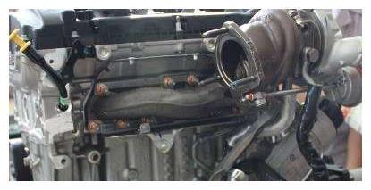 涡轮发动机和自吸发动机有何区别?老司机:堵个车,你就什么都懂